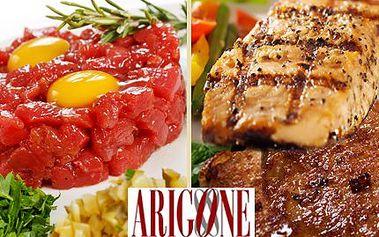 Pochutnejte si VE DVOU dle vašich chutí! Na výběr je 200g tatarák s 5 topinkami, 2x 200g steaky z vepřové panenky nebo 2x 200g kuřecí steaky!