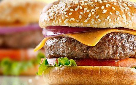 39 Kč za kupon na americkou klasiku-obří hamburger a hranolky,doplatek jen 110 Kč na Staromáku ve známé restauraci Kamenný stůl. Šťavnatá chuť masa doplněná čerstvou zeleninou vás dostane!