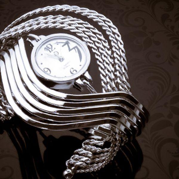 Dámské stylové hodinky z bižuterie