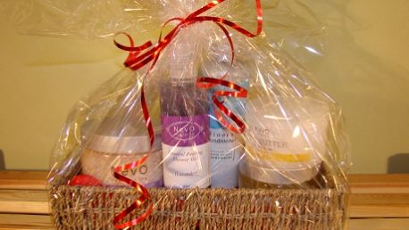 Kosmetický balíček s produkty NevO – nabídka na Valentýna! Potěšte svou drahou polovičku ke Svatému Valentýnu balíčkem skosmetikou Nevo se slevou76%! Dárek, který se zalíbí každé ženě!