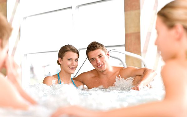 Trojdňový relaxačný pobyt pre dvoch v Bojniciach. Romantická atmosféra, čaro kúpeľného mesta a krásny zámok.