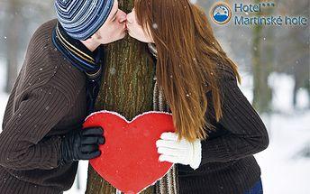 3-dňový pobyt v Hoteli Martinské hole*** priamo v lyžiarskom stredisku Winter Park Martinky s 9,5 km zjazdoviek! Welcome drink, raňajky, valentínska večera, fľaša sektu a skipas!