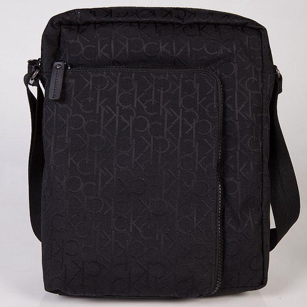 Černá taška přes rameno Calvin Klein
