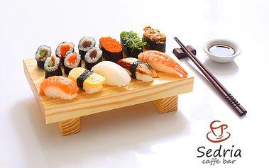 Len 9,90 € za nádherný večer japonskej kultúry s autorkou kníh Sushi v dushi a Navarme si Japonsko - Denisou Ogino v Caffe Bar Sedria! V cene aj konzumácia sushi setu!