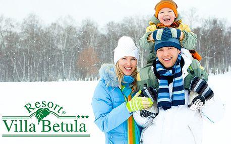 149 € za rodinný pobyt na 3 dni v modernom Resorte Villa Betula pre 2 dospelých a 1 dieťa. Exkluzívne ubytovanie v alpskom štýle, skvelá gastronómia, jazdecký areál s koňmi, snowpark, golf, babyland a biofarma so zvieratkami na jednom mieste.