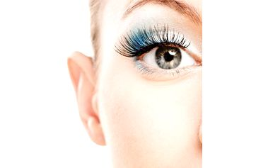 Praha: prodlužování řas metodou řasa na řasu v kosmetickém salonu fair lady