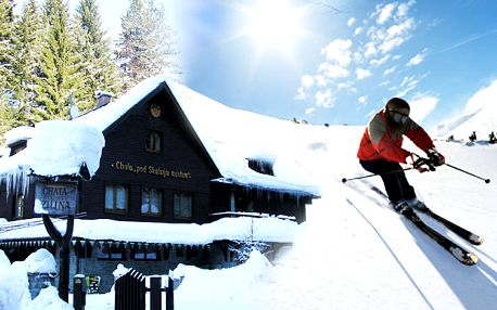 Super lyžovačka v srdci Vrátnej doliny s ubytovaním pre dvoch na 2 alebo 3 noci v Penzióne pod Skalným mestom s raňajkami v dvojlôžkovej izbe už za 55 €. Možnosť skombinovať kupóny a predĺžiť si tak pobyt až na 6 dní.