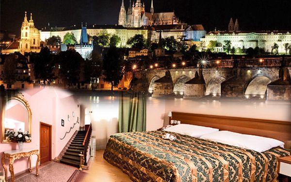 Praha romantický pobyt pro 2 osoby v Hotelu Residence Select jen za 990 Kč. Zahrnuje ubytování na jednu noc pro dvě osoby, se snídaní a s láhví sektu včetně čokoládového pokušení při svíčkách.