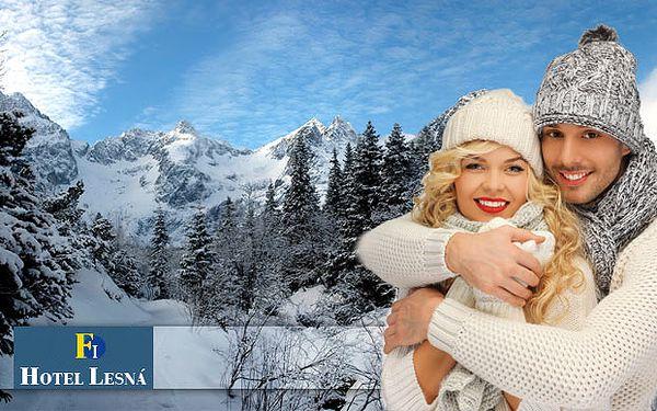 Prežite tri alebo štyri dni uprostred zasneženej prírody s výhľadom na Vysoké Tatry v Hoteli*** Lesná. Ubytovanie pre dvoch, polpenzia, voľný vstup do fitness centra a 50% zľava na vstup do wellness centra už od 112€.
