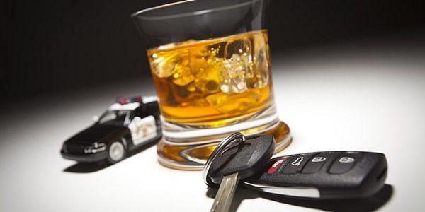 Digitální alkoholtester. Předejděte zbytečným pokutám a jezděte vždy bezpečně!