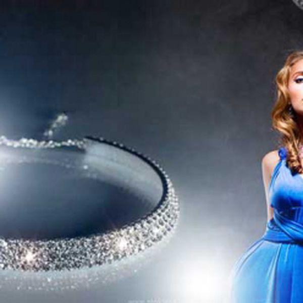 Třpytivá elegance svatební či plesová, ŠTRASOVÁ BIŽUTERIE za luxusních 169 Kč včetně POŠTOVNÉHO! Vybroušené drobné skleněné kamínky umístěné v kovovém lůžku, které jiskří při každém pohybu ženy! Sleva 43%!