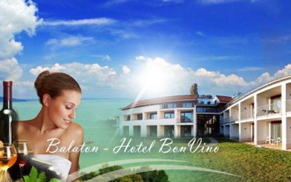 Aktivní a wellness dovolená u Balatonu pro 2 osoby včetně bohaté POLOPENZE na 4 nebo 6 dní již od 5 290 Kč! Cena zahrnuje volný přístup do hotelové wellness zóny s bazénem! Pláž 5 minut od hotelu! Platnost voucheru 1 rok!
