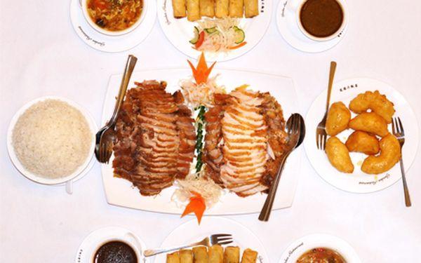 Len 11,80 € za čínske špeciality pre dvoch od špičkových čínskych kuchárov so skúsenosťami z päťhviezdičkových hotelov. Chutné jedlo, veľké porcie a to všetko so 60% zľavou.