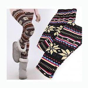 Pouhých 139 Kč za stylové a módní legíny s norským vzorem! Být IN je možné i za pár korun.