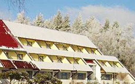 990 Kč za pobyt na 3 dny (2 noci) pro 2 osoby s polopenzí v hotelu Harmonie na Vysočině!