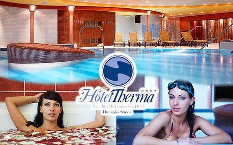Zahrejte sa v zime, spríjemnite si jar alebo sa osviežte v lete pobytom v NaturMed hoteli Therma**** len za 116€ so stravou. Dokonalý relax vďaka neobmedzenému vstupu do bazénového a saunového sveta s 5 bazénmi.