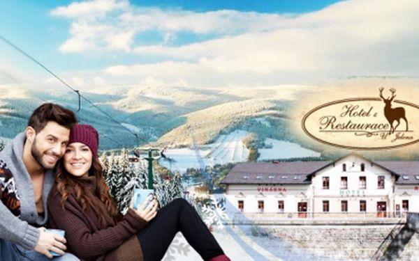 Romantický víkend na horách v HOTELU U JELENA v Jeseníkách! 3 DNY pro 2 OSOBY s POLOPENZÍ v krásném prostředí za neuvěřitelných 1 399 Kč! Překvapte svoji drahou polovičku POBYTEM NA HORÁCH! Sleva 64%!