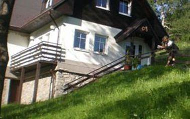 Komfortní 3denní pobyt pro 2 osoby s polopenzí v příjemném a plně vybaveném apartmánu SEDMIKRÁSKA v Krkonoších