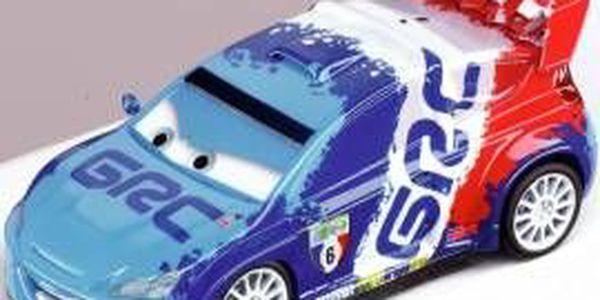 Super rychlé závodní autíčko Carrera GO Disney Cars 2 Raoul CaRoule 61198, které netrpělivě čeká na sportovní výstřel.