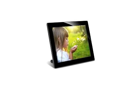 """Kvalitní digitální fotorámeček LED 8"""" (20cm) SenSee"""
