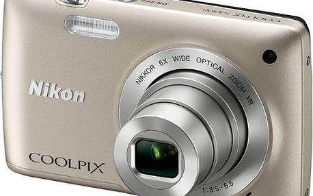 Digitální fotoaparát Nikon Coolpix S4300 s kapesními rozměry