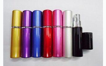139 Kč včetně dopravy za exkluzivní plnitelný dávkovač na parfém pro muže i ženy v několika barevných provedeních! Praktická velikost rtěnky i elegantní design Vaší oblíbené vůně! Ideální stylový dáreček!