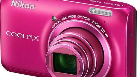 Kompaktní ultrazoom Nikon COOLPIX S6300 S desetinásobným optickým zoomem