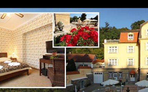 Udělejte si 3denní výlet do Prahy a ubytujte se ve dvou v luxusu se soukromými římskými lázněmi! Krásný 4* hotel se snídaní a jen kousek od Pražského hradu či ZOO! Hned naproti vyhlášené místo procházek - Divoká Šárka