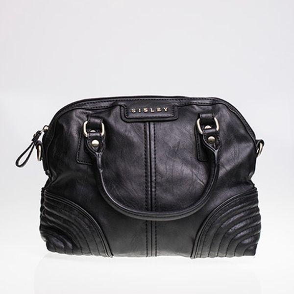 Černá kabelka střední velikosti