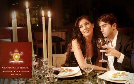 Len 77 € za exkluzívny 2-dňový pobyt v srdci Piešťan pre vás a vašu lásku! Luxusná izba, bohaté raňajky, kytica kvetov, 4-chodová romantická večera, masáž, sauna, jacuzzi...