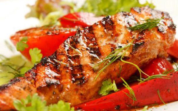 Dvě porce lososa plněný zeleninovým krémem!