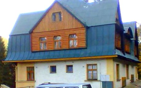 Jen 1422 Kč za pobyt pro jednu osobu na 5 dnů (4 noci) s polopenzí v nejznámější části Krkonoš - Peci pod Sněžkou!