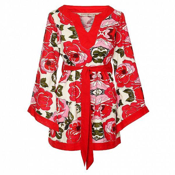 Dámske krátké červené šaty s pásikom od Savage Culture