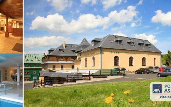 Wellness pobyt v hotelu Praha pro dva v Krušných horách s bohatou polopenzí, neomezeným vstupem do bazénu s vířivkou, lahví kvalitního vína, saunou a to není zdaleka vše!!! Vychutnejte si krásné výhledy, čisté ovzduší a klid horského městečka.