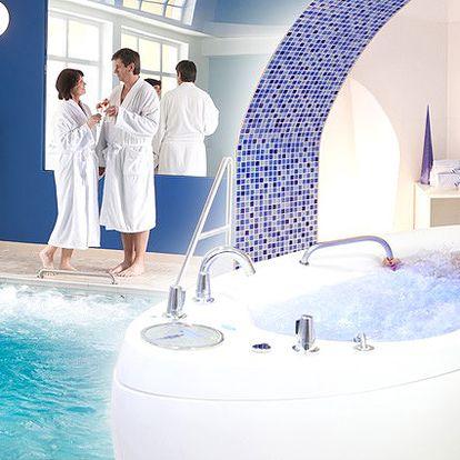 Tři dny pro 2 osoby s polopenzí, vstupem do wellness a masáží v Hotelu Reza****