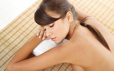 Regenerační masáž zad a krční páteře BIO kokosovým...