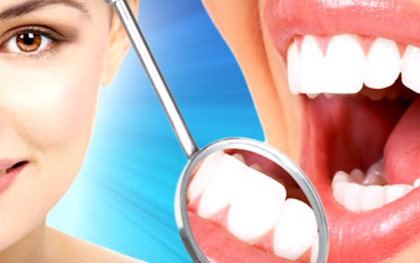 Profesionální bělení zubů efektivní a bezpečnou metodou pomocí přístroje X-PLOSIVE SMART LIGHT EXPORT.