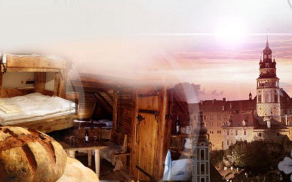 TŘÍDENNÍ pobyt pro DVA se SNÍDANÍ v nejstylovějším penzionu - DOMEK KATA MATĚJE! Poznejte historické centru Českého Krumlova jen za 2 490 Kč! Z každého okna výhled na zámek i zámecký park! Romantika se slevou 48%!