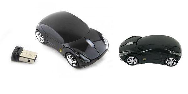 BEZDRÁTOVÁ počítačová myš ve tvaru auta včetně pogumovaného roleru pro pohodlnou práci na počítači!