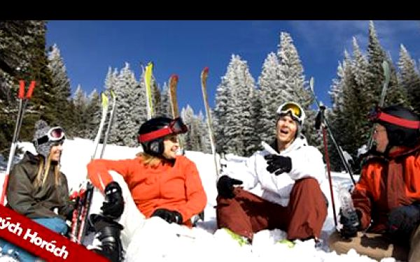 Poslední lyžovačka letošního roku v jizerských horách se slevou 42 %: využijte bezezbytku poslední letošní sníh a vychutnejte si 5 dní ve dvou přímo v ráji.
