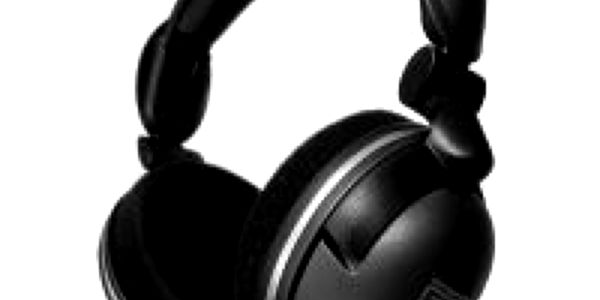 Špičková sluchátka SteelSeries 5H v2 - zasunovací mikrofon.