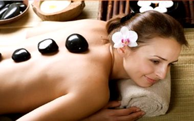 Skvělý relax: masáž lávovými kameny či medová masáž již od 190 Kč na Praze 4!