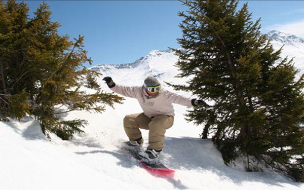 Saint Francois, 8 denní lyžařský pobyt se skipasem, savojskou večeří a vstupem do aquacentra. 29.3 - 7.4 a 5.4. - 14.4.
