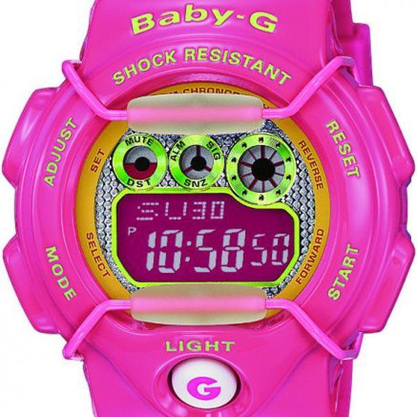 Dámské sportovní digitální hodinky Casio BG 1005M-4 s výrazným růžovým řemínkem.