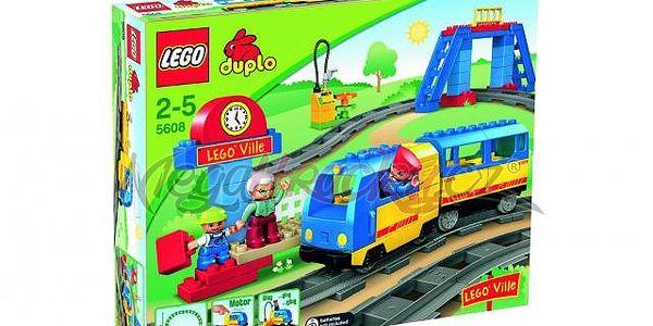 Lego DUPLO Vlaky 5608 - sada pro začátečníky, malé nástupiště a motorizovaný vlak