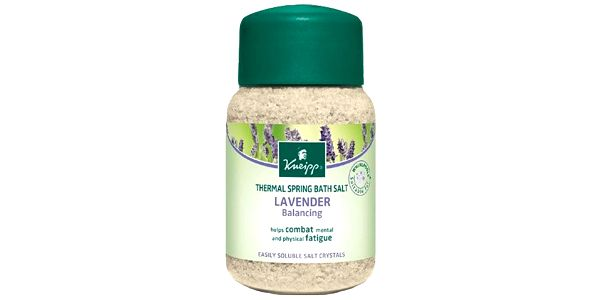 Kneipp Sůl do koupele Levandule 500 g pro uvolnění a relaxaci po dni plném stresu