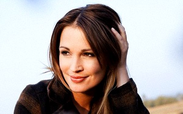 Účinné fotoomlazení obličeje, krku a dekoltu - metoda je vhodná pro ženy i muže v jakémkoli věku