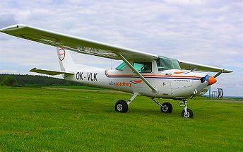 20minutový let s řízením letadla na zkoušku v Příbrami!