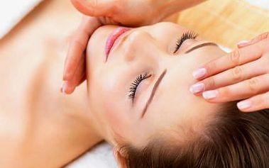 70minutové kaviárové kosmetické ošetření + úprava obočí