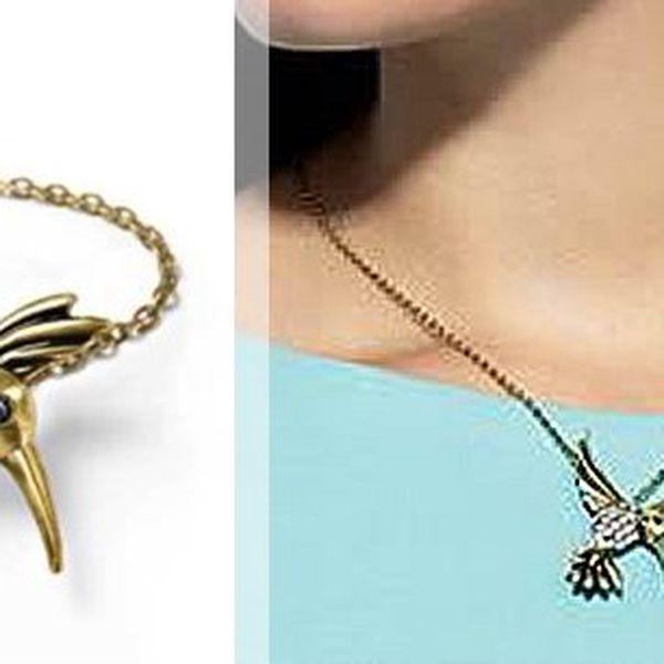 Šperk s přívěskem ledňáčka, který lze použít i jako dekorativní brož